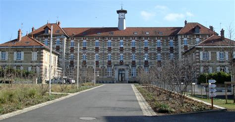 le bureau vierzon l 39 école nationale professionnelle de vierzon musée de chevau