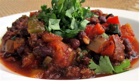 Baked potato topped with vegetarian chili. Vegetarian Chili | Recipe | Healthy recipes, Vegetarian chili, Cholesterol lowering foods