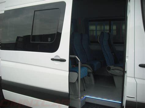 omnicar minibus vitres tropicales  porte coulissante