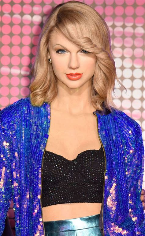 Taylor Swift - Unveiling of Her Wax Figure at Madame ...