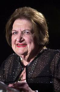 (FILE) Helen Thomas Dies at Age 92 - Zimbio