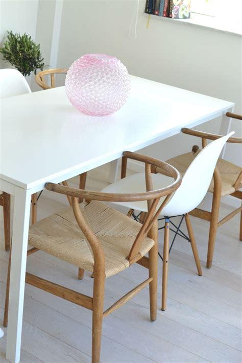 stol  skrivbord perfect chair vid skrivbordet kpt
