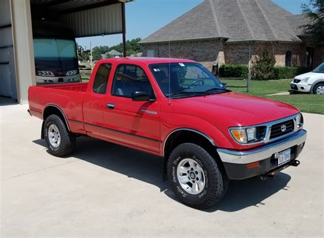 owner  toyota tacoma wd  speed  sale  bat