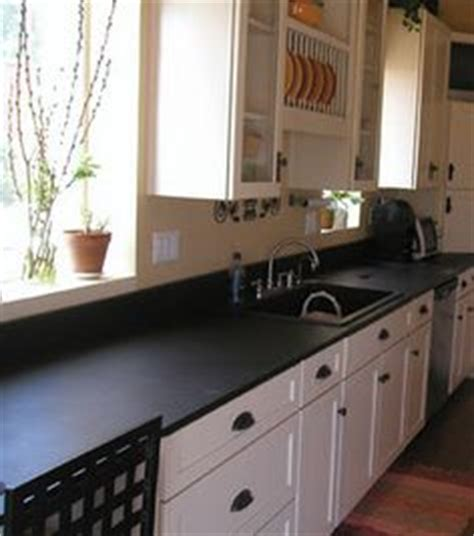 black laminate kitchen cabinets 1000 images about marble bathrooms on marble 4728