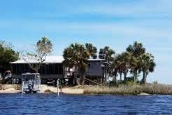 Boat Slips For Rent Homosassa Fl by Homosassa Lodging Waterfront Vacation Rentals Hotels Motels