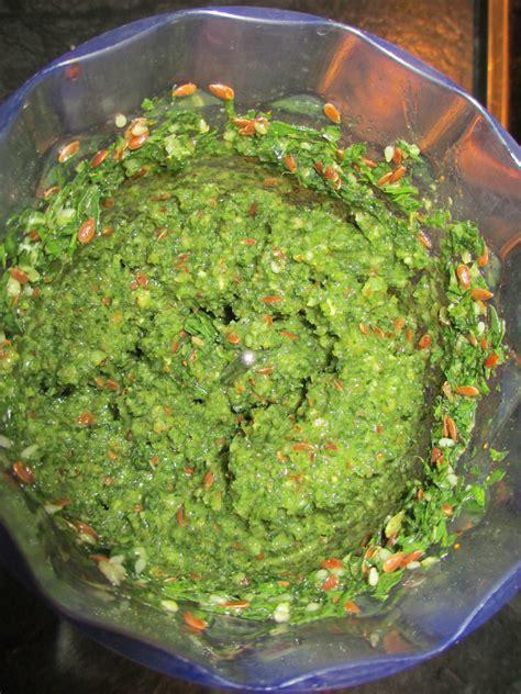recette 233 colo 224 base de fanes de carottes cuisine v 233 g 233 tarienne bio souvent locale et