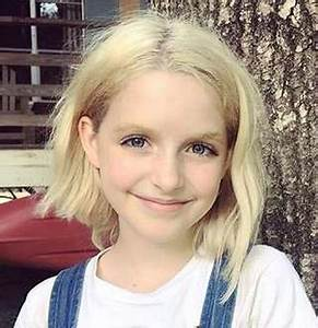 Mckenna Grace Making Parents Proud! Young Age Actress ...