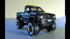 Hot Wheels Retro Entertainment  U0026 39 71 Mustang Mach 1  U0026 1987
