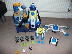 Fisher Price Imaginext Space ship Rocket and Launch Pad ...
