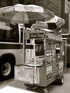 Hot Dog Stand : 142 best food cart vendors images on pinterest food carts hot dog cart and hot dogs ~ Yasmunasinghe.com Haus und Dekorationen
