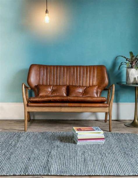 peindre un canapé en cuir on met l 39 accent sur la couleur de peinture pour salon