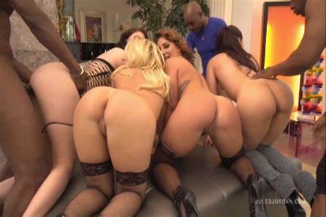 Black Hair Kagney Linn Karter In Orgy