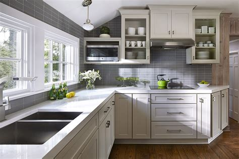 ratings for kitchen faucets kitchen cottage style cottage kitchens cottage style