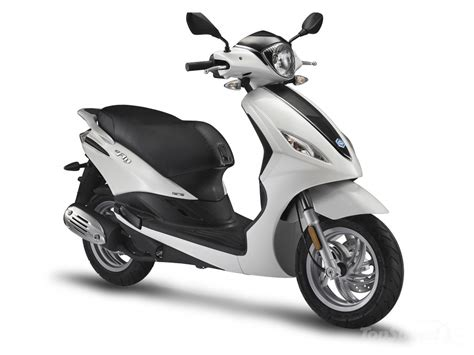 Piaggio Picture by 2014 Piaggio Fly 150 Picture 543535 Motorcycle Review