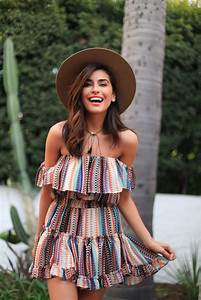 11 Off-the-Shoulder Looks to Try Right Now - The Everygirl