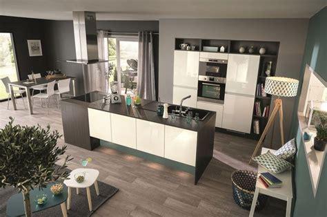 cuisine blanc laque avec ilot cuisine îlot central 12 photos de cuisinistes côté maison