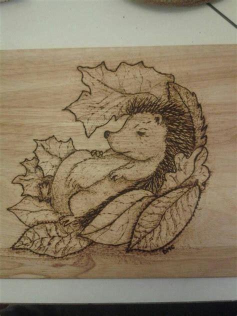 hedgehog   chopping board beginner wood burning
