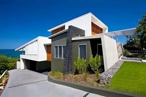 Bold Exterior Beach House With Minimalist Interiors