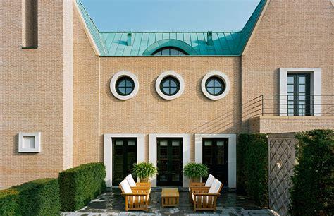 Post Modern Home Style : Bold Postmodern Homes