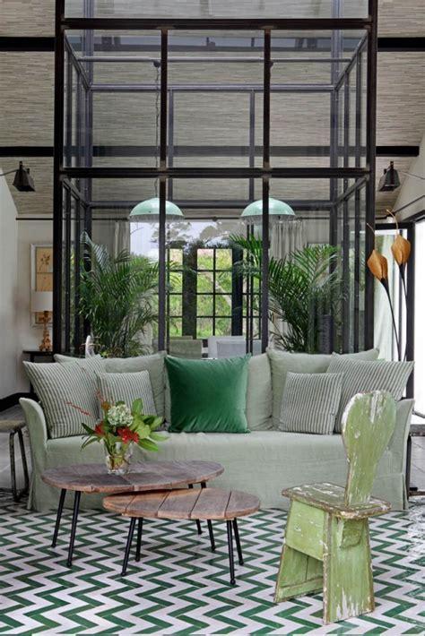 sofa verde para salon un sal 243 n verde el color del a 241 o decorando con telas