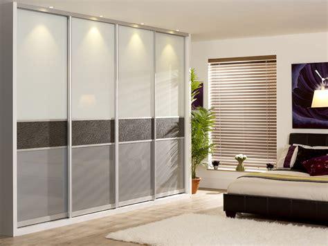 Bedroom Wardrobe Doors by Sliding Wardrobe Doors For Luxury Bedroom Design