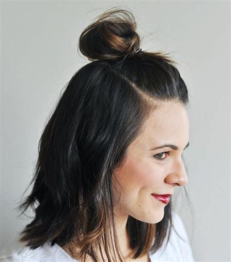 hair buns styles for medium hair 7 cool and easy buns that work for hair byrdie 5313