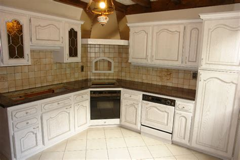 renover meuble de cuisine renover cuisine rustique digpres