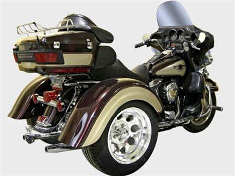 Harley Davidson Tour Model Trike Outside Cowichan Valley