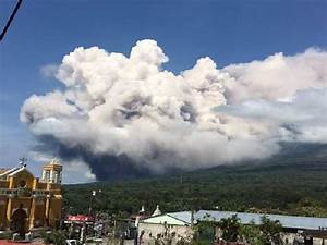 Massive eruption at Volcan de Fuego, Guatemala in photos ...
