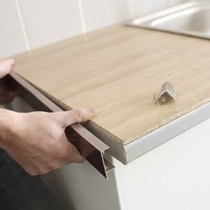 plan de travail et credence cuisine leroy merlin With carrelage adhesif salle de bain avec bande led a coller