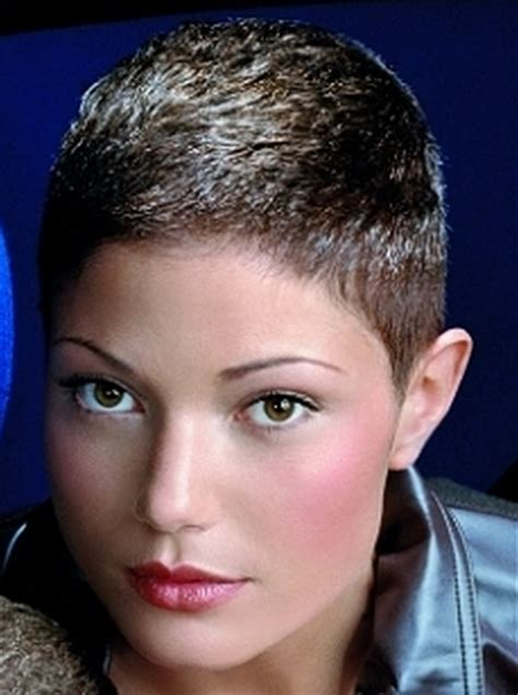 extremely short haircuts  women