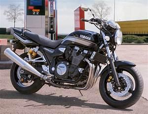 Fiche Moto 12 : yamaha xjr 1300 2012 fiche moto motoplanete ~ Medecine-chirurgie-esthetiques.com Avis de Voitures