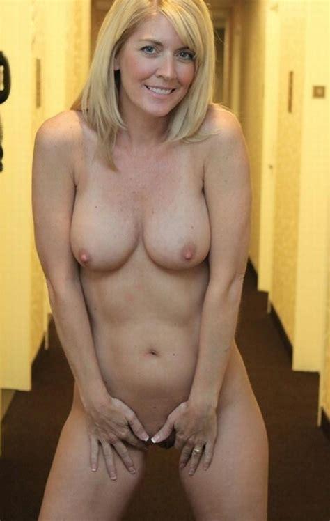 Sexy Fit British Milf Nsfw 2012 Through 2014 Luscious
