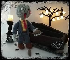 Deko Sarg Halloween : halloween deko h keln zombie mit sarg ~ Markanthonyermac.com Haus und Dekorationen