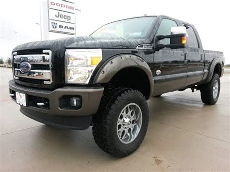 tricked  lifted   ford  king ranch fx