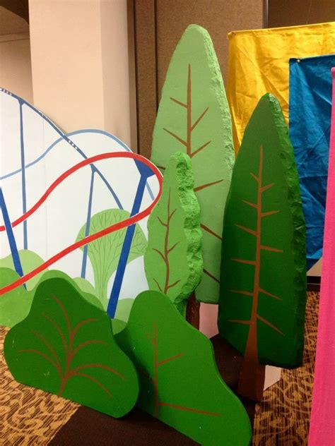 VBS Palm Trees Decorations