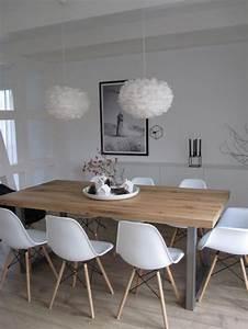 Table Salle A Manger Scandinave Occasion : la table de salle manger en 68 variantes chaises blanches suspension et chaises ~ Teatrodelosmanantiales.com Idées de Décoration