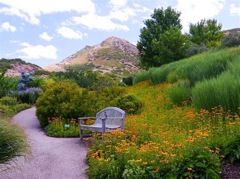 Botanical Garden Paradise