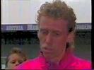 Ein zorniger Peter Stöger weint - YouTube