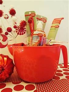 1000 ideas about Kitchen Gift Baskets on Pinterest