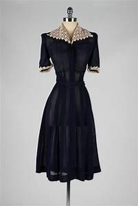 331 best 1940s    vintage dresses images on Pinterest