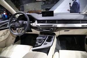Audi Q7 Interieur : habitacle audi q7 luxe et espace l 39 argus ~ Nature-et-papiers.com Idées de Décoration