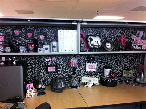 cubicle decoration ideas 17 best ideas about office cubicle decorations on