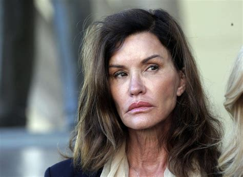 model janice dickinson moves closer   trial