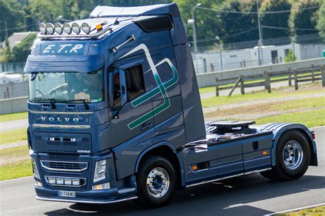 volvo truck volvo truck images hd volvo truck pictures free to download