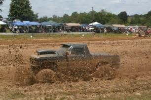 Mud Bogging Trucks