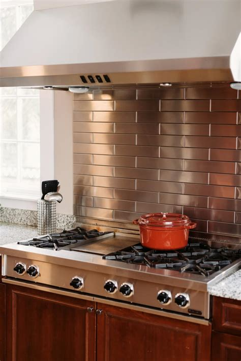 Metal Backsplash Kitchen by Stainless Steel Backsplash The Pros And The Cons