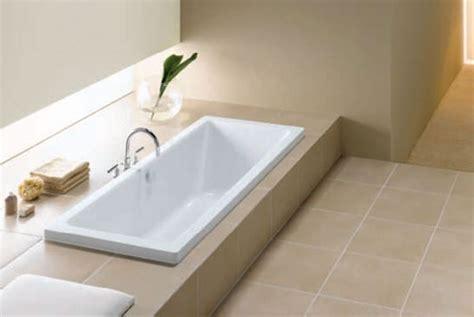 vasca da bagno ad incasso misure dei sanitari sospesi per disabili e quelli salvaspazio