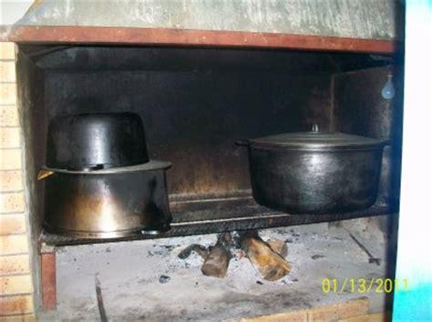 cuisine feu de bois la cuisine au feu de bois cazamelie location saisonniere