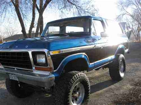 purchase   ford bronco custom sport utility  door